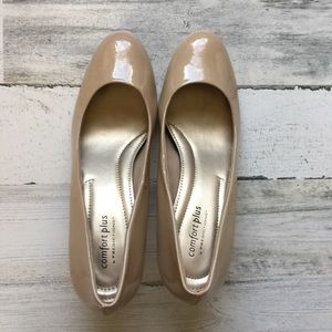 Nude pumps Comfort by Predictions